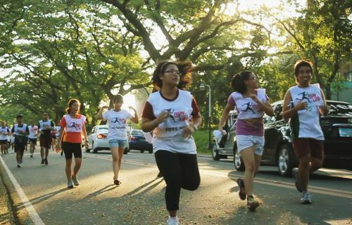 runners run against torture and impunity